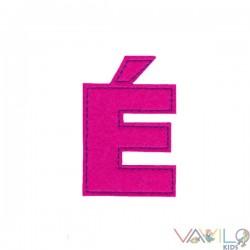 Letter É