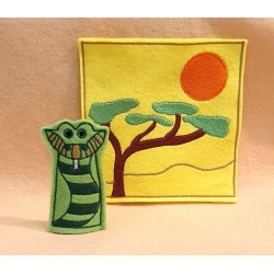 Lion finger puppet