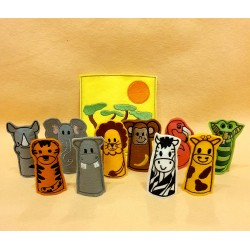 Savanna finger puppets package